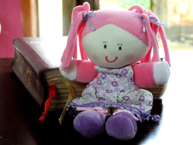 doll-452771_960_720