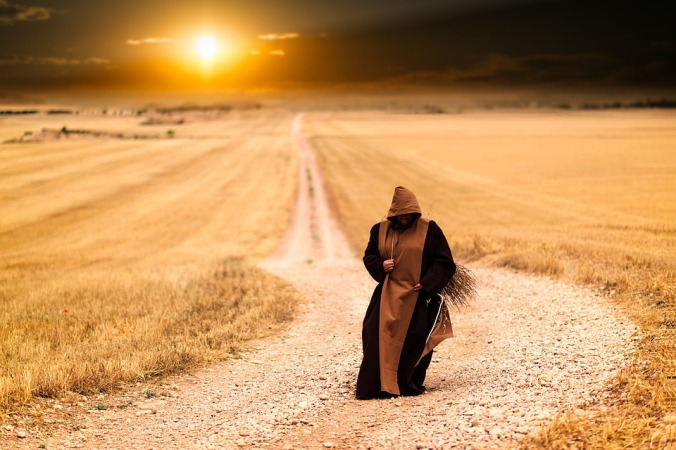 monks-1077839_960_720
